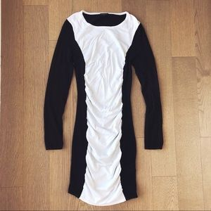 Express Black and White Ruched Long Sleeve Dress